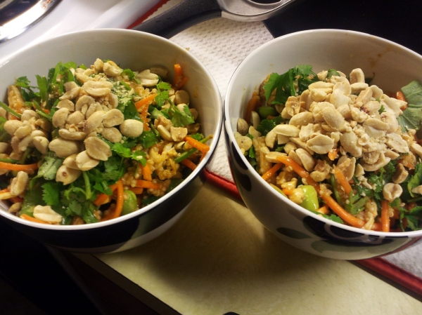 thai chicken quinoa bowls